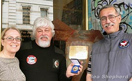 File: Dec. 2006 - Paul Watson accepts Humanitarian Service award from Phil and Trix Wollen