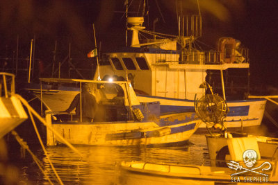 "During the night of Tuesday May 20th, one of the groups conducting patrols inside the Protected Marine Area of the Parco del Plemmirio, spotted a boat in the location known as ""Area B"""