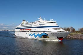 AIDA has decided to re-route its cruises, and will now stop in the Harbor of Kirkvall on the Scottish Orkney islands as an alternative to the Faroe Islands port of Klaksvík. (source: Wikimedia Commons)