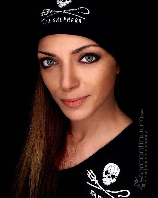 German Actress Anne Menden joins Sea Shepherd's land team for Operation Sleppid Grindini. - news-150902-1-1-German-Actress-Anne-Menden-IMG_7989-800h