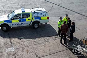 Police in the Shetland Islands deliver warrant for the seizure of the small boat to the Captain and Ship Manager of the Sam Simon. Photo: Iraultza Darias