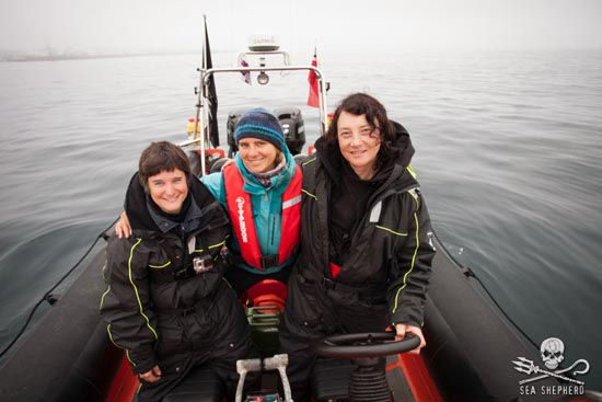 Crew of MV Spitfire on Operation Grindstop 2014