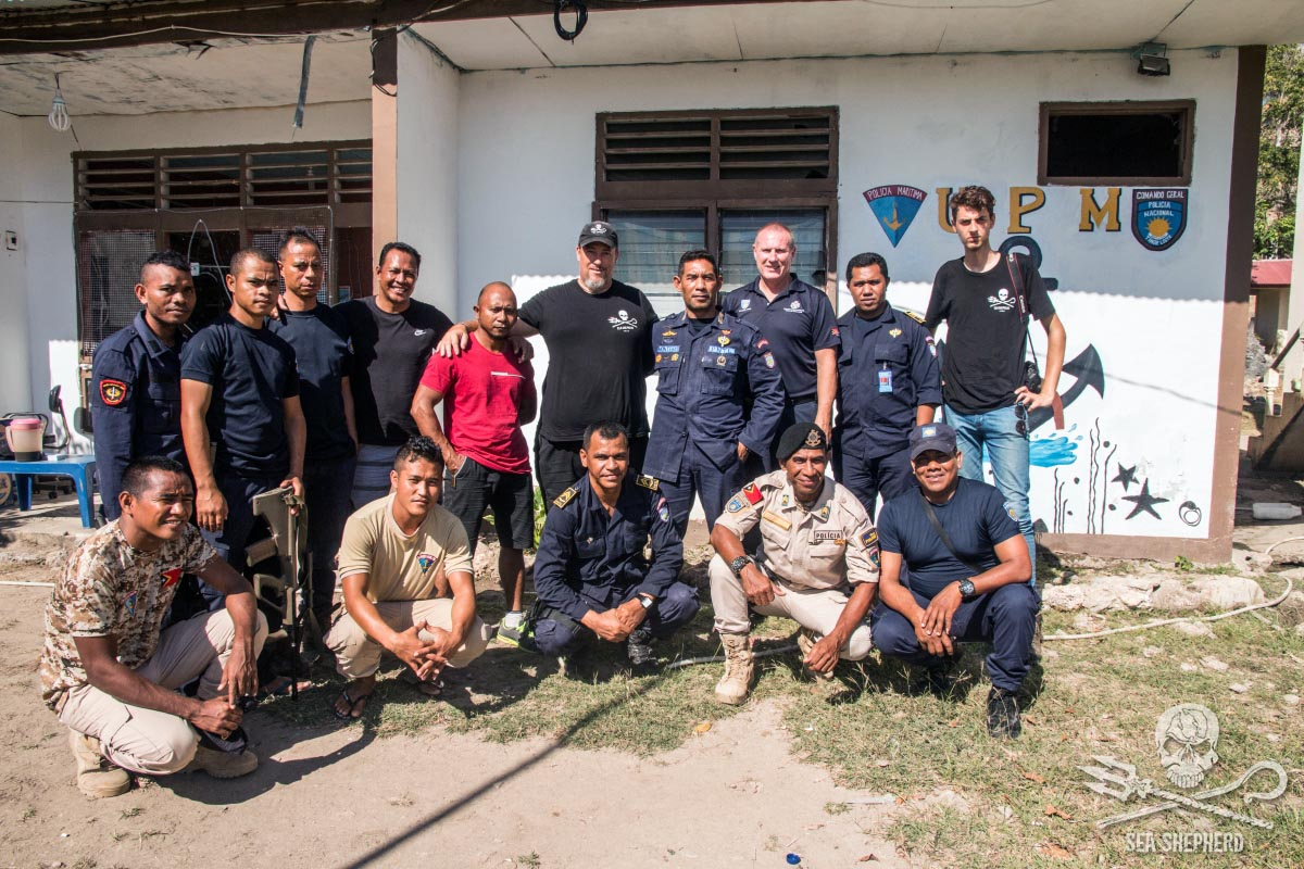 Policia Nacionale Timor Leste , Maritime Command, Australian Federal Police, and Sea Shepherd crew. Photo Jake Parker / Sea Shepherd