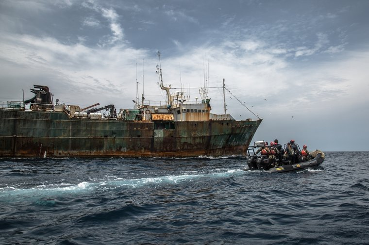 Sea Shepherd small boat assists the Liberian Coast Guard to chase down the F/V Hai Lung. Photo by Sea Shepherd.