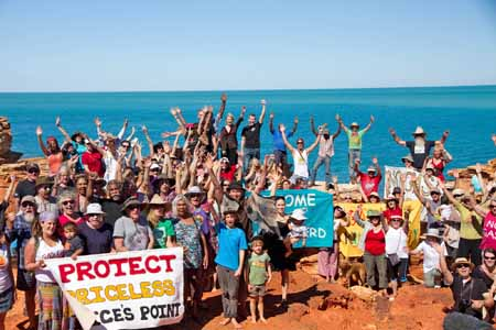 Opponents of the proposed gas hub show their support in an effort to stop the planned development. Photo: Bronte Turner for the Bob Brown Foundation